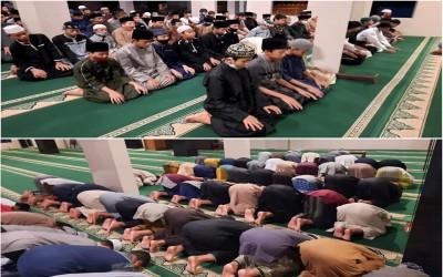 Sholat Tahajud berjamaah Para santri Mahad Al Irsyad Al Islamiyyah Bondowoso